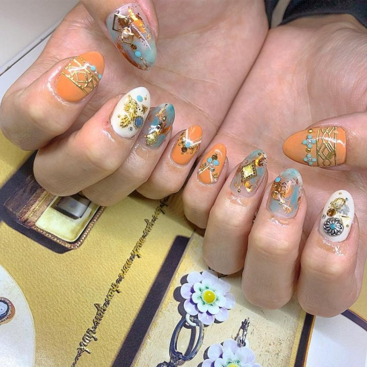 32 Gorgeous Nail Art Images Inspired By Summer Motifs: 40 Inspirational Nail Art Inspired By Native American