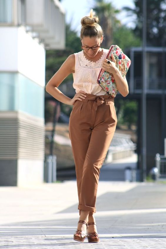 25 Carrot Pants Outfit Ideas That Ll Make You Want To Wear