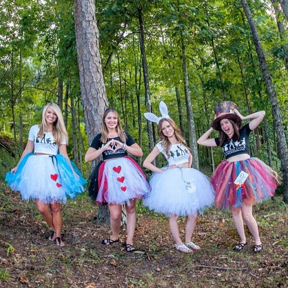 alice-in-wonderland-adult-tutu