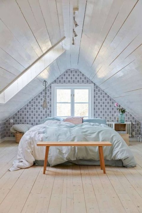 50 Beautiful Attic Bedroom Designs And Ideas 187 Ecstasycoffee