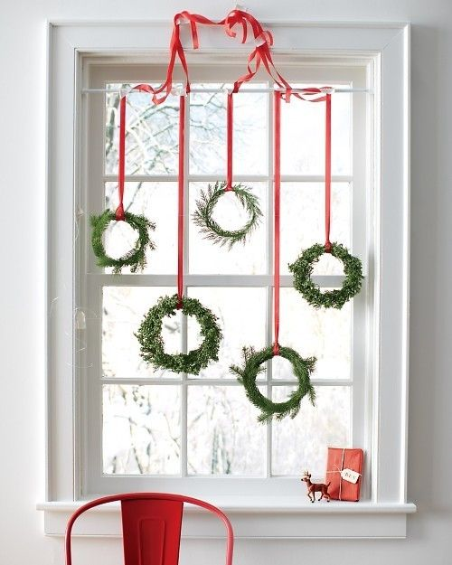 christmas window decorations ideas 22