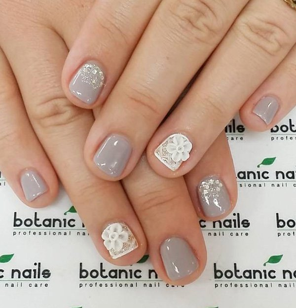 Advertisement - 40 Amazing Classic Nail Art Designs » EcstasyCoffee