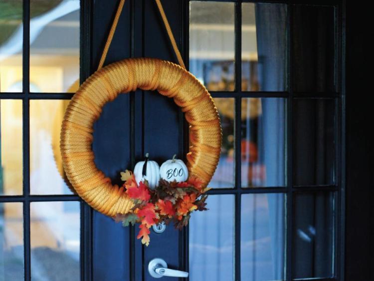 craft-a-cheery-orange-wreath