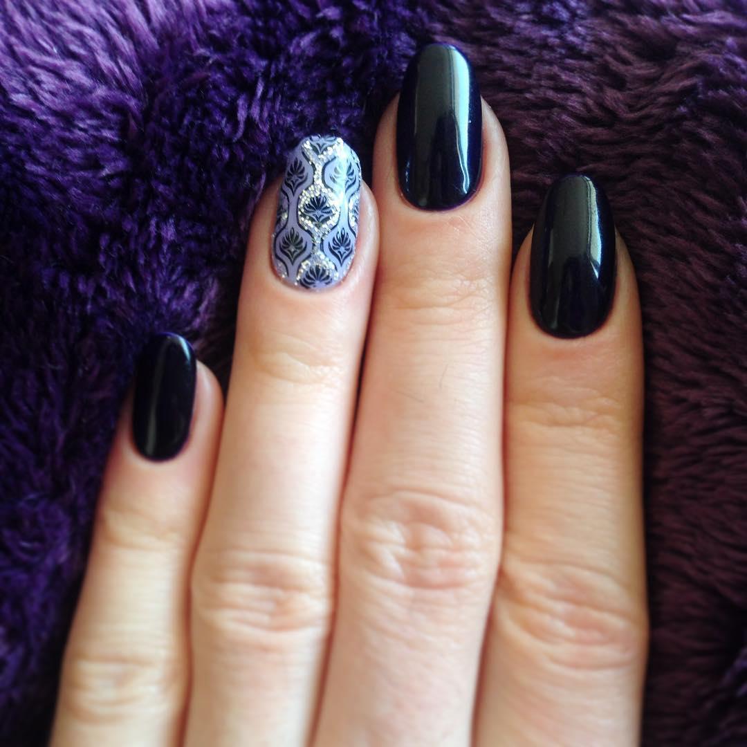 shellac nail art design