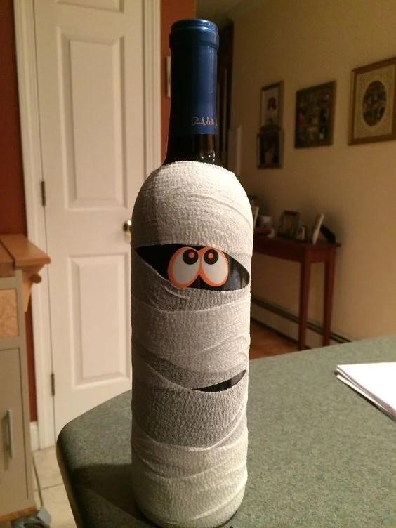 halloween-mummy-wine-bottle