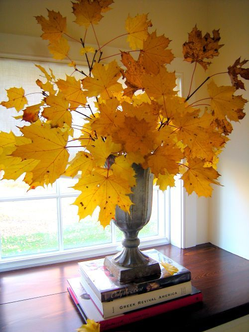 50 Beautiful Leaf Centerpieces Thanksgiving Decor Ideas