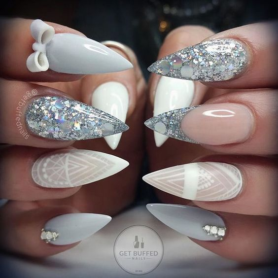 The Circular Shape Of Extension Nails 4
