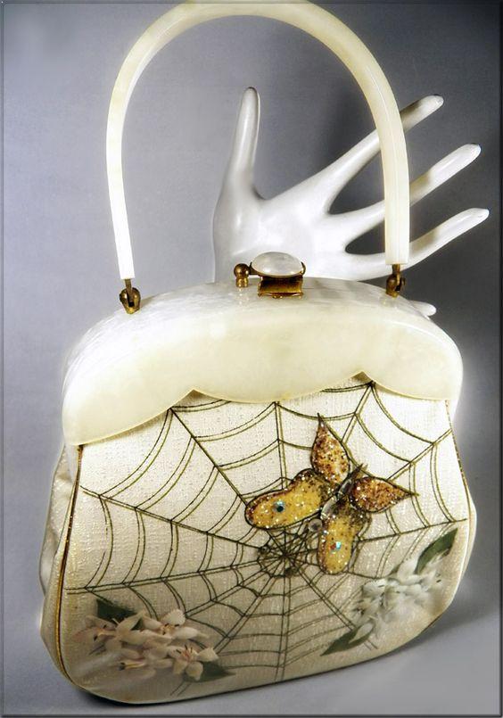 vintage-handbag-spider-web