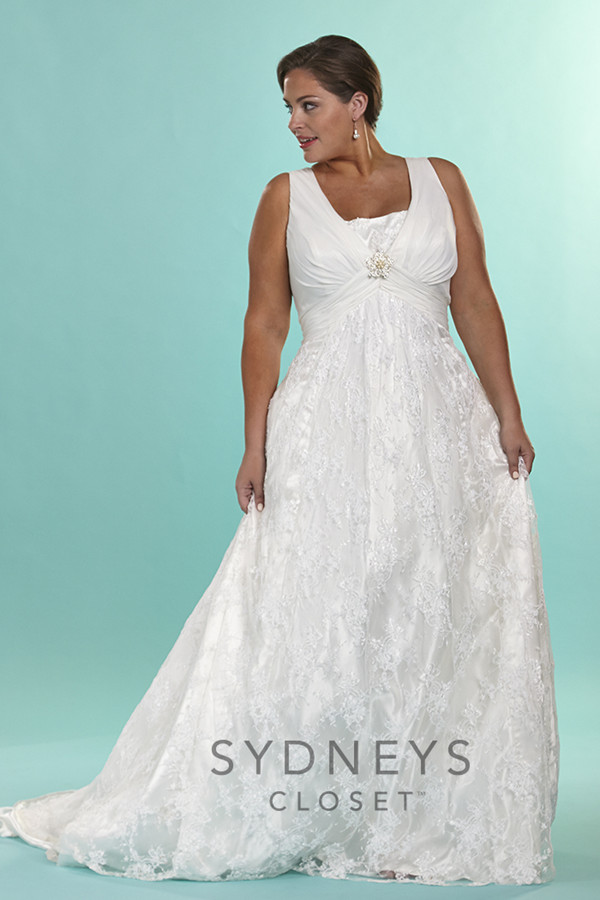 16 Gorgeous Wedding Dresses That Are Perfect for Curvy Brides ...