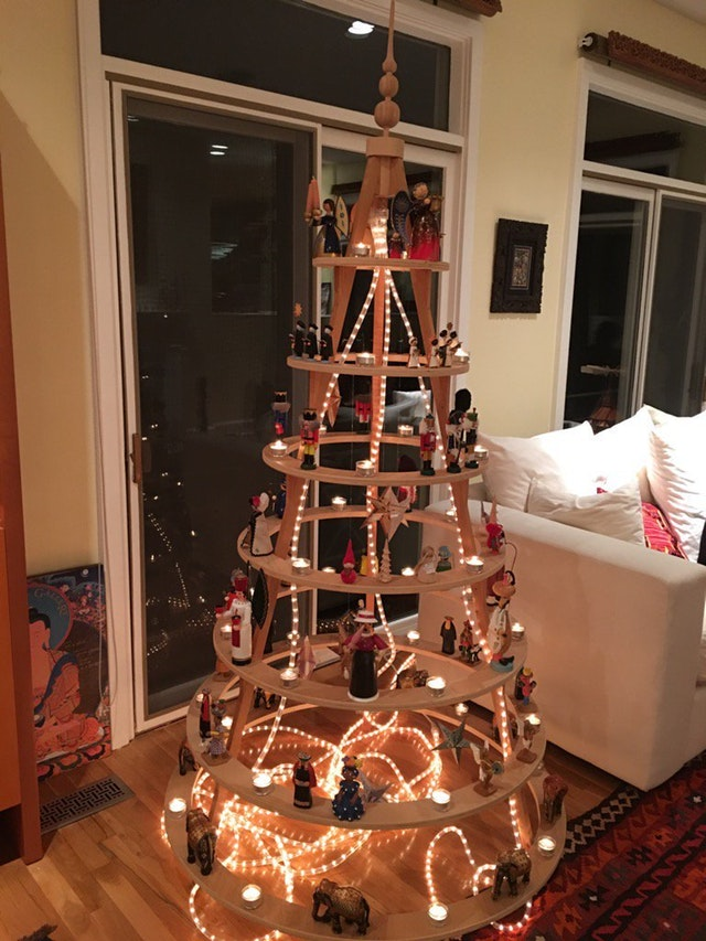 40 Top Modern Wooden Christmas Trees For Backyard