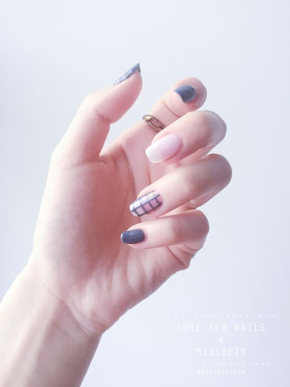 50 Gorgeous Minimalist Nail Art Designs 187 Ecstasycoffee