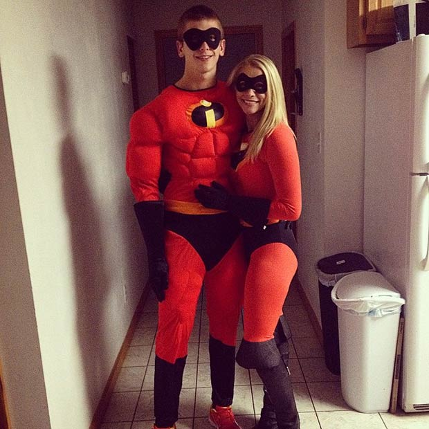 superhero-couple-for-a-night