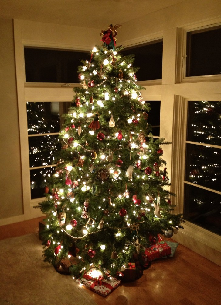 35 Beautiful Christmas Light Decoration Ideas To Light Up