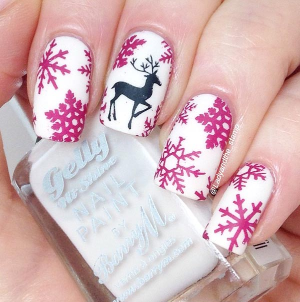 fancy-snowflakes-nails