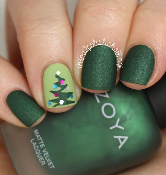 green-christmas-nail-arts