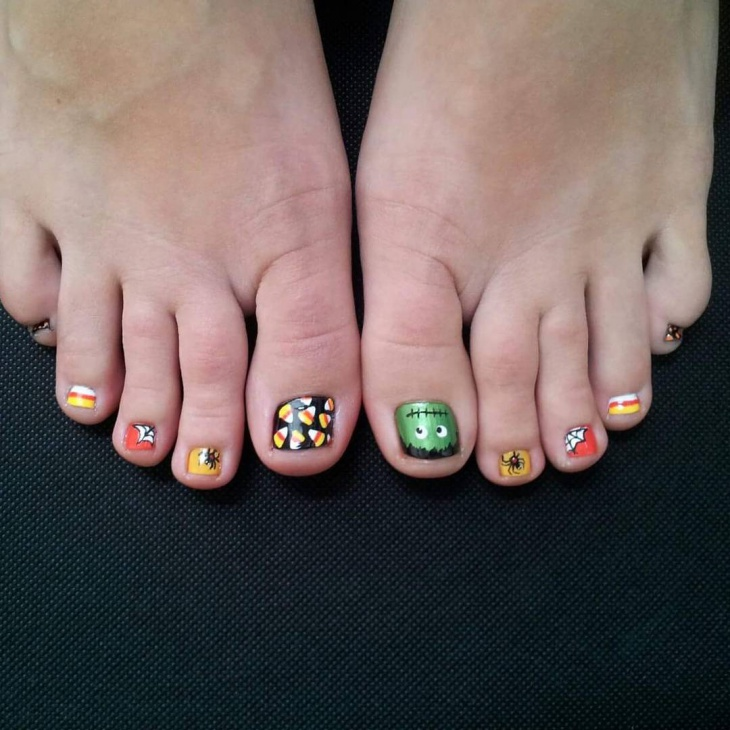 50 creative nail art trends that you will love ecstasycoffee halloween toe nail art prinsesfo Gallery