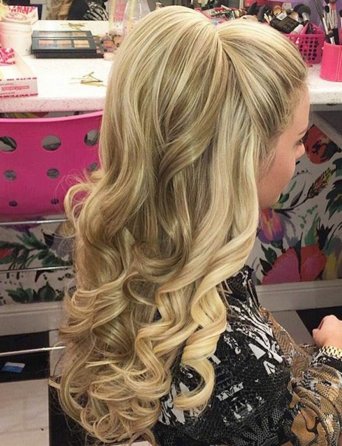 36 Cute Half Ponytail Hairstyles You Need to Try ...
