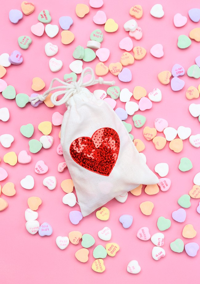 32 Fun And Easy Valentines Crafts For Kids And Adults