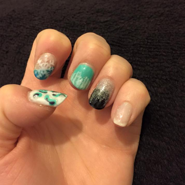 50+ Latest Winter Inspired Nail Art Ideas