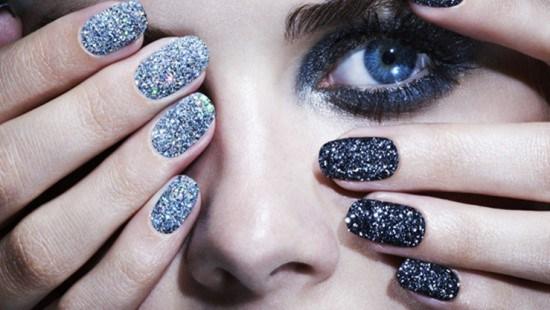 30 Delightfully Cool And Unique Caviar Nail Art Design Ideas