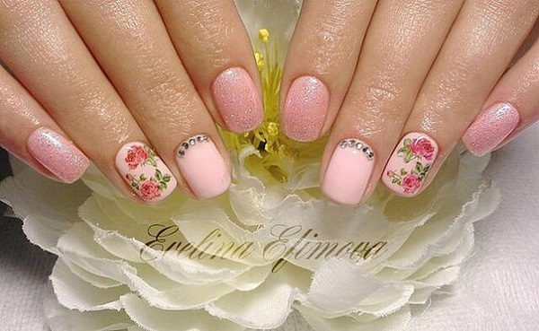 Nail Art with Roses, the Most Beautiful Ideas to Copy