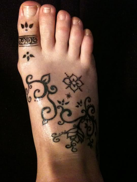 54 Amazing Foot Tattoo Design Ideas And Their Meanings!
