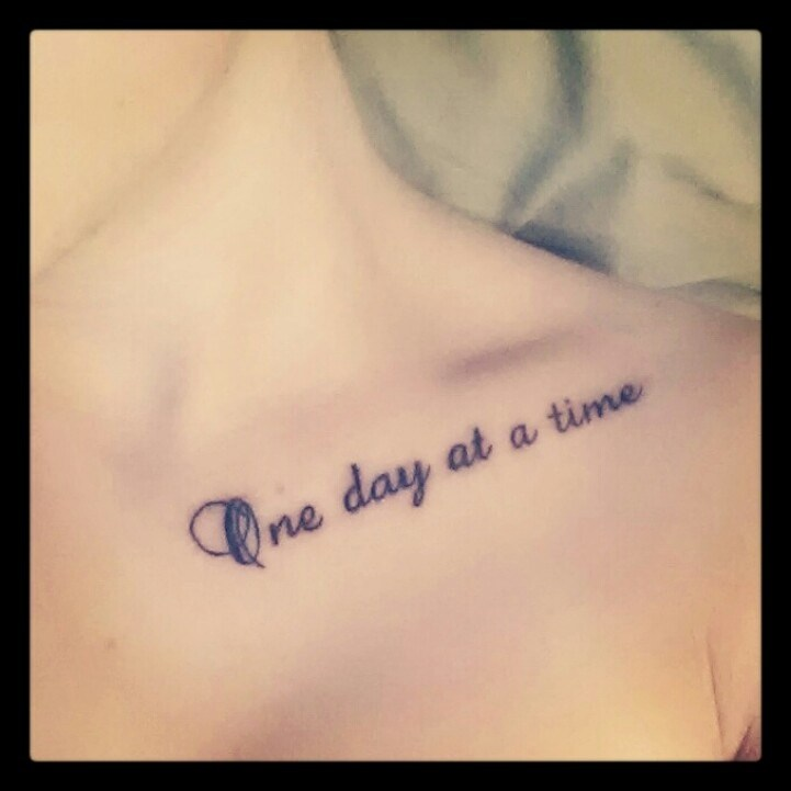 Tattoo Quotes Collar Bone: 40+ Most Stylish Collar Bone Tattoos For Women