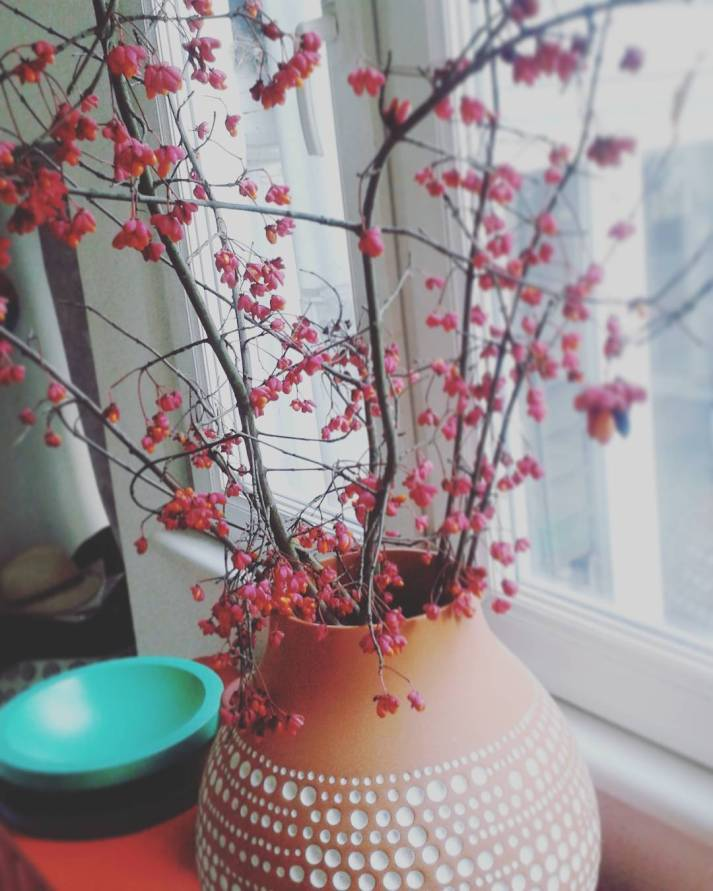 decorate your room with these incredible handmade vase design ideas