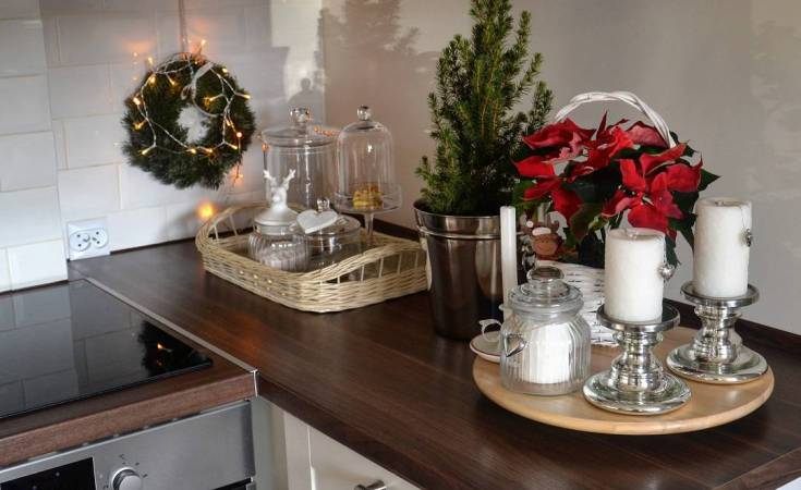 Modern Christmas Kitchen Decorating Ideas That Dont Take Much - Christmas kitchen decor ideas