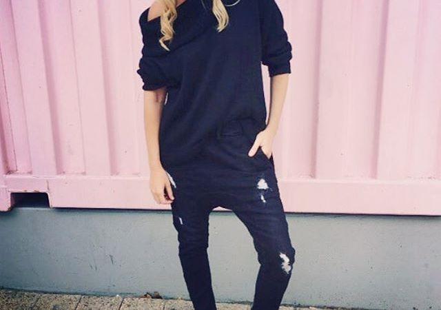 #jeans #blackjeans #rippedjeans #boyfriendjeans