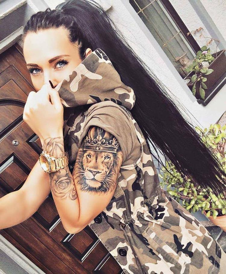 Awesome lion tattoo