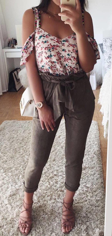 White Floral Cold Shoulder Top + Grey Bow Pants