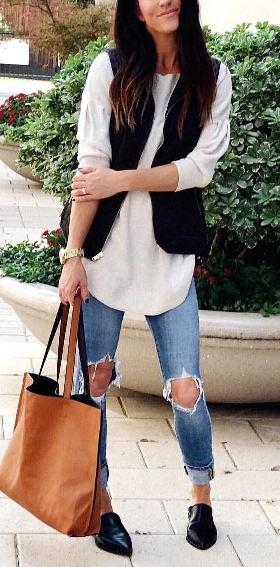 women's blue distressed jeans