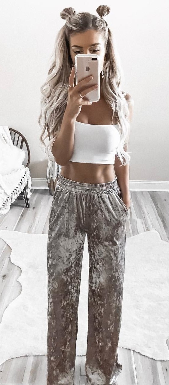 women's gray and white floral pants