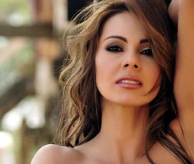 La Actriz Saludo A Sus Seguidores Con Una Sexy Fotografia En Una Banera Foto Tomado De Pulzo Com