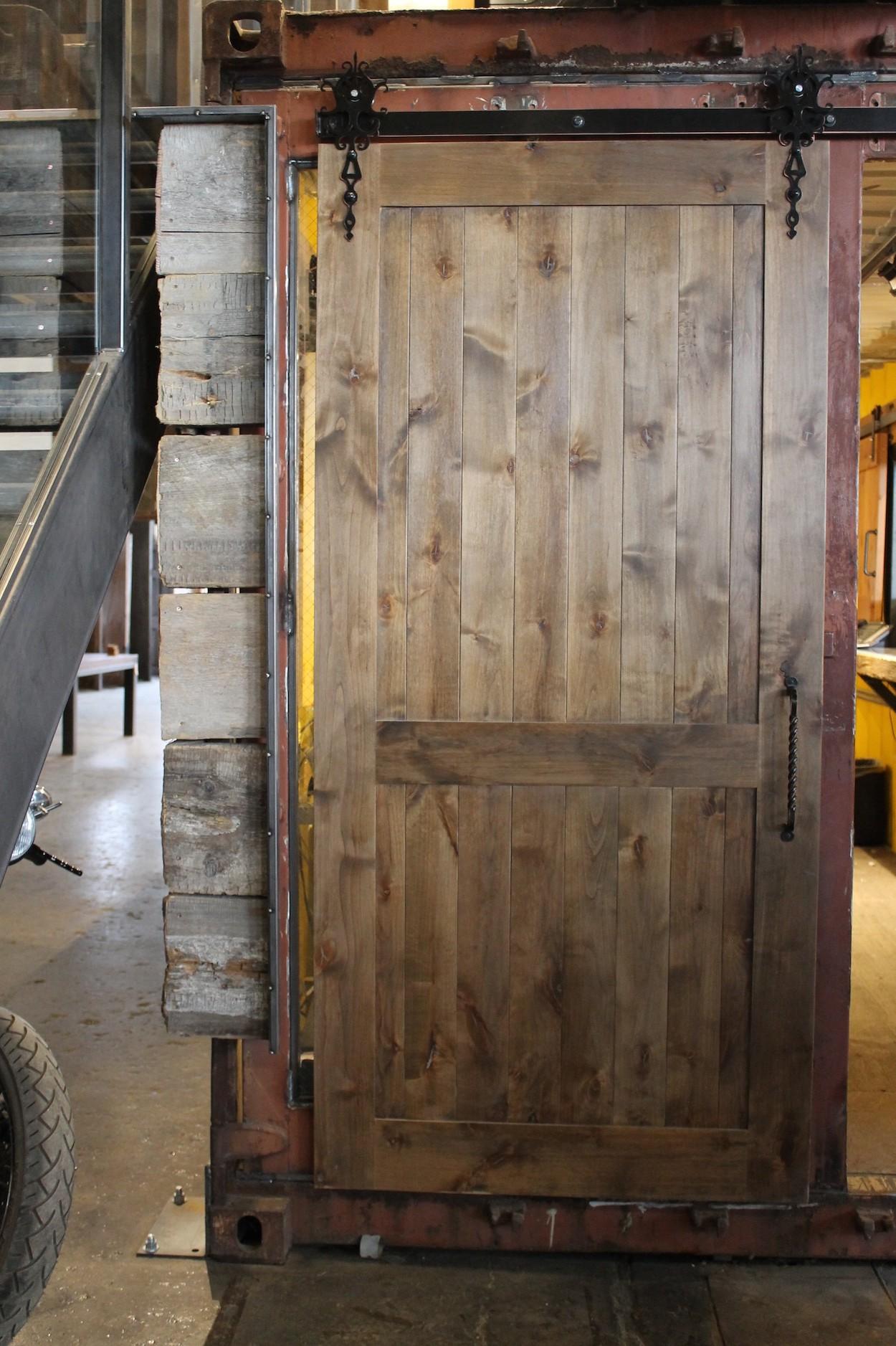 sliding barn doors ecustomfinishes on Rustic Gray Barn Door id=78942