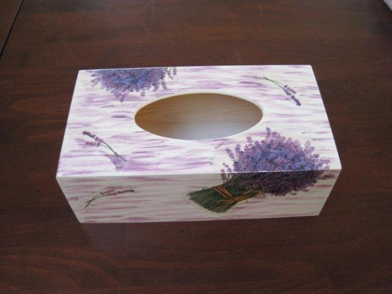 drewniane pudełko na chusteczki