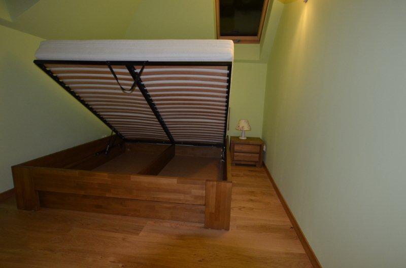Sypialnia szafka nocna nakastlik dębowy Almera łóżko drewniane bukowe łoże małżeńskie