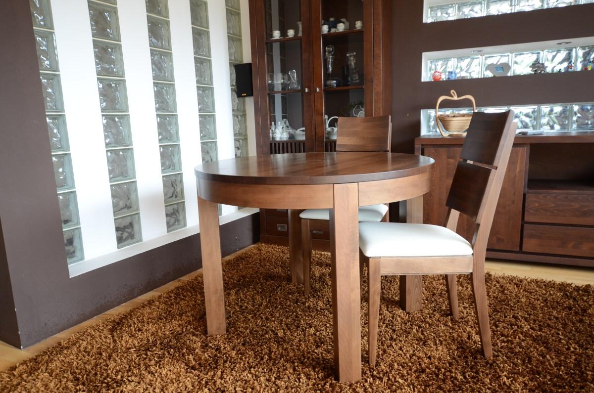 drewniany stół okrągły