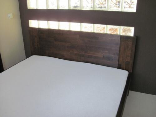 buk łóżko drewniane z drewna bukowego