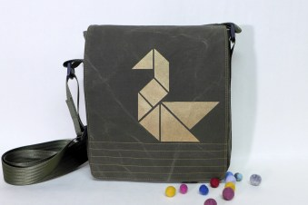 Upcyclingtasche mit Tangram - Muster