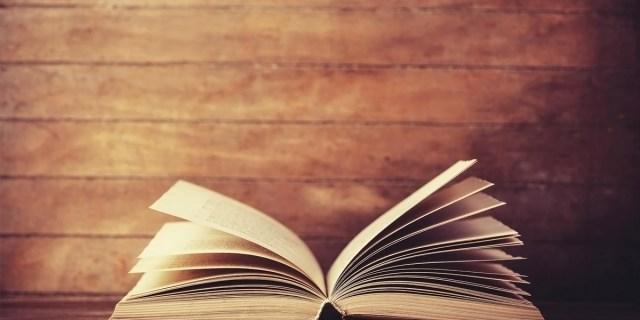 kitap gorsel 1 - Fuat Yüce - Yırtmaçlı Kadın