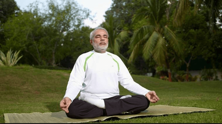 Naredra modi on yoga day