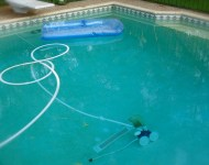 vacumepoolcleaninng