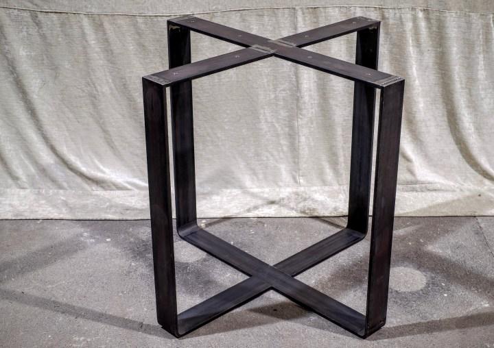 Kreuzgestell 80x10 gebogen