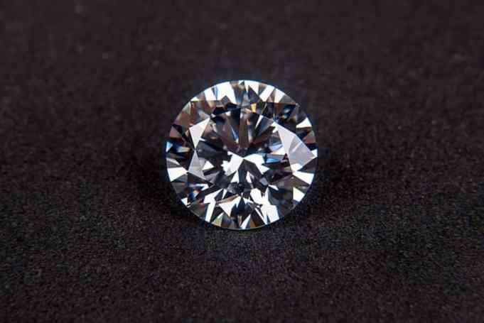 Diamant april