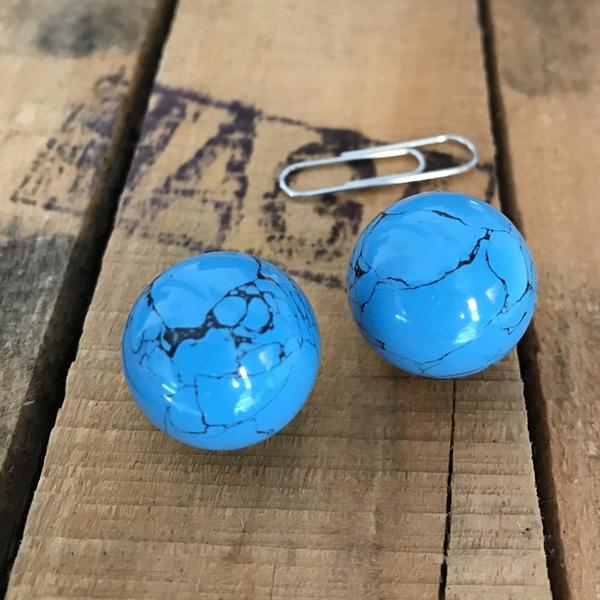 howliet blauwe bol gepolijst