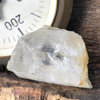 bergkristal ruw brok met regenboog nr2 mineralen