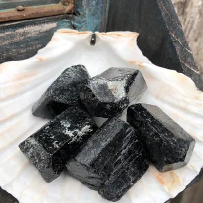toermalijn zwart ruw china mineralen