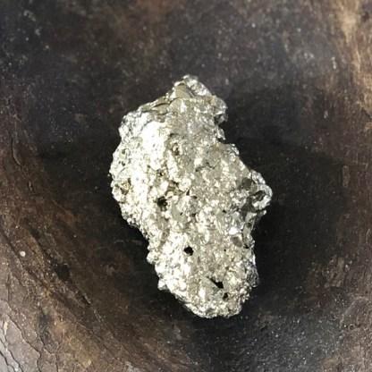 pyriet ruw brok mineralen